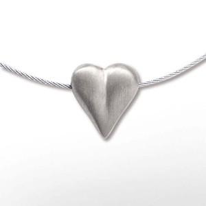 Herz auf Stahl